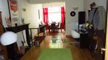 Proximité CEE/Square Marie Louise superbe rez-de-chaussée +-180m² habitables 3 chambres + jardin 200m²