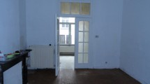Entre la Gare du Midi et la Place Sainte-Catherine appartement 64m² habitables 1 chambre + jardin