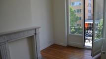 Vert Chasseur/Bois de la Cambre, magnifique studio de 30m² habitables avec chambre séparée + balcon