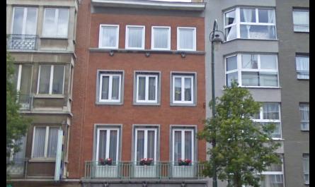 Avenue Charles-Quint, magnifique immeuble de rapport de 320m² comprenant 4 entités.